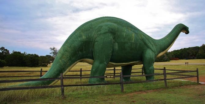 sinclair-texas-dinosaur-sauropod2