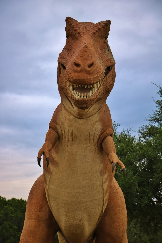 sinclair-texas-dinosaur1