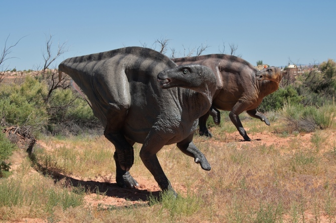 early-cretaceous-dinosaur-2