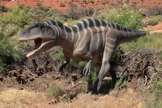 early-cretaceous-theropod-2