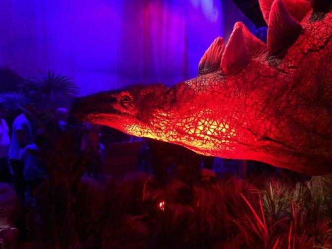 Stegosaurus JURASSIC WORLD 2