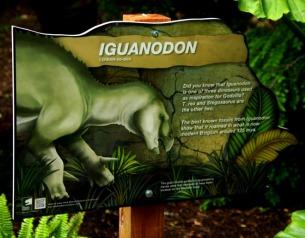Milwaukee-Zoo-Iguanodon-1