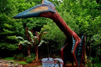 Milwaukee-Zoo-Quetzalcoatlus-3
